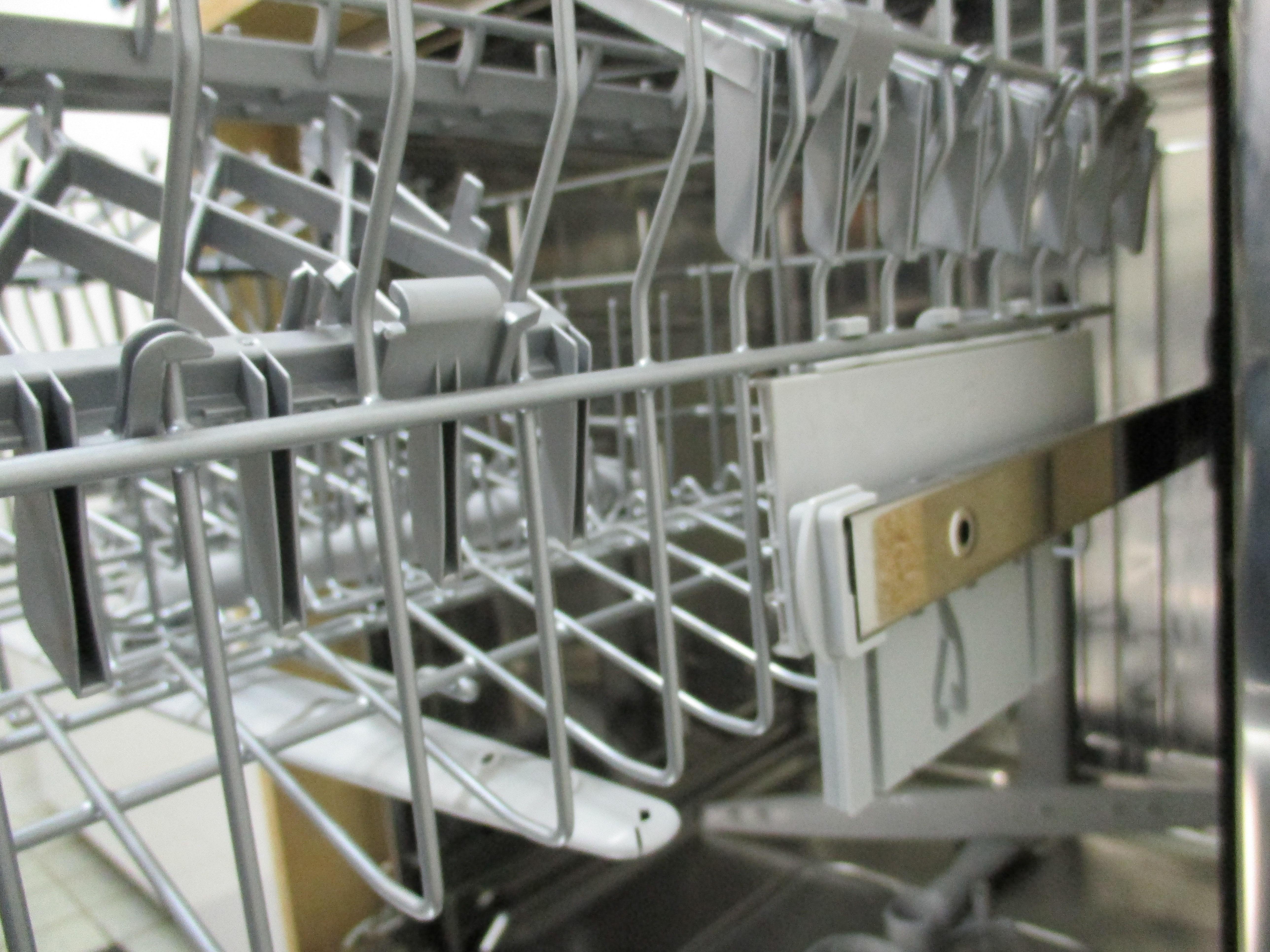 I dettagli del test sulla lavastoviglie candy cdim 4615 - Quiz sulla cucina ...